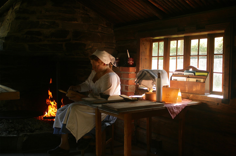 Norwegian woman, Norsk Folk Museum, museet, museum in Norway, Oslo, Nordic Culture, Nordic tradition, Visit Norway, History of Norway, open-air museum, folk culture, culture, history, tradition, traditional dress, customs, traditional kitchen, hearth, Scandinavia, travel